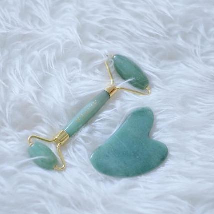 Foto Produk [Paket] Jade Guasha Roller & Jade Guasha Massage Tool dari Cipta Raya Mandiri