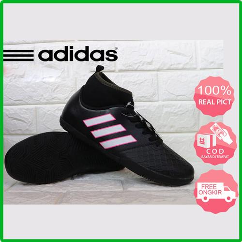 Foto Produk Adidas Sepatu Pria Futsal Model Copa Tinggi - Hitam Putih, 40 dari menoza