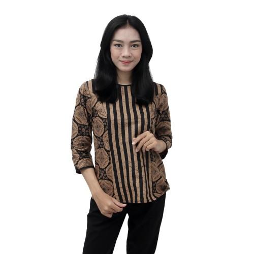 Foto Produk Batik Wanita Blouse Atasan Batik motif Kawung Sogan Salur SIZE JUMBO - S dari BATIK DUA PUTRI