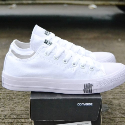 Foto Produk sepatu casual converse ct II undiditied white 38-44 dari GRAHA_SANDAL_BANDUNG
