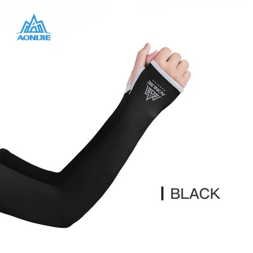 Foto Produk Aonijie E4117 Arm Sleeve - Manset kaos tangan Lari sepeda - BLACK - SM dari Aonijie Indonesia