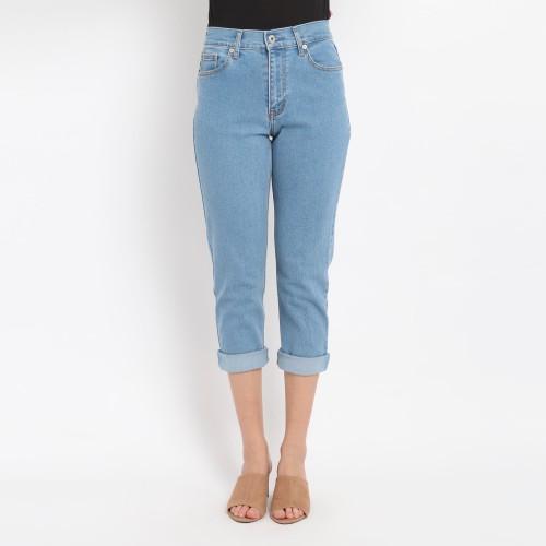 Foto Produk Edwin Ladies Stretch Mom Boyfriend Jeans Kaylee 01 - 29 dari Edwin Jeans