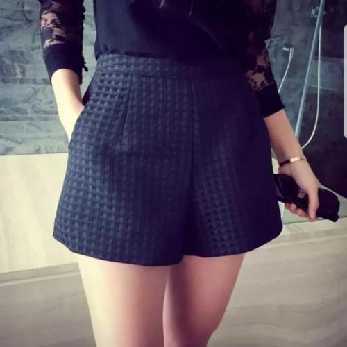Foto Produk Celana pendek high waist korea dari Dee Collection