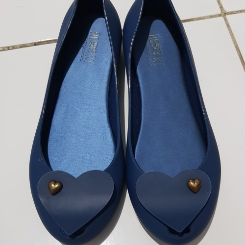 Foto Produk Flat shoes little things she needs (preloved) dari Dee Collection