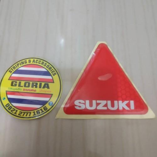 Foto Produk Stiker Emblem Segitiga Spakbor Belakang Satria Lumba dari Gloria Striping & Acc.