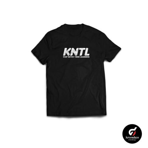 Foto Produk Kaos KATA KNTL KEEP NEVER TIRED LEARNING SEVENDAYS CLOTHING - Hitam, L dari Sevendaysid