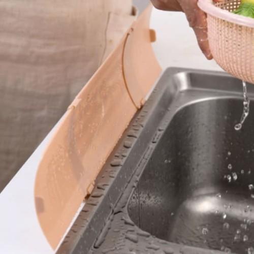Foto Produk Sink Splash Board Papan Penahan Air Cipratan Bak Cuci Piring dari The Exodus