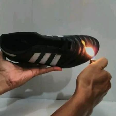 Foto Produk Sepatu Bola Bahan Kulit - Hitam, 39 dari rudisport solo