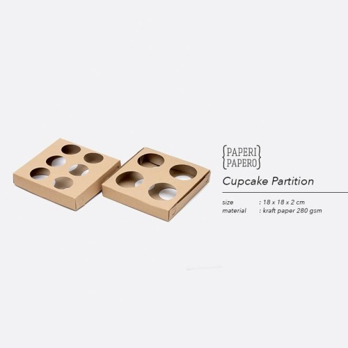 Foto Produk Partisi / Holder / Sekat / Tatakan Cupcakes 18 x 18 cm dari {Paperi Papero}