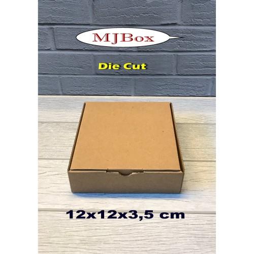 Foto Produk Kardus / Karton Box Uk. 12x12x3,5 cm..........model Kardus Pizza dari Maykel jaya Box