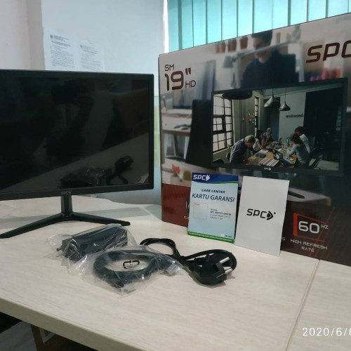 Foto Produk SPC Monitor Komputer LED 19 inch HD, Garansi Resmi dari SPC Official