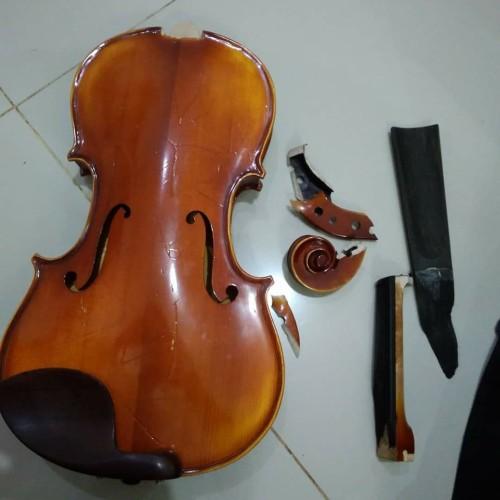 Foto Produk Bridge biola 4/4. Terima Servis Biola Viola dan Cello Bergaransi dari Toko Biola