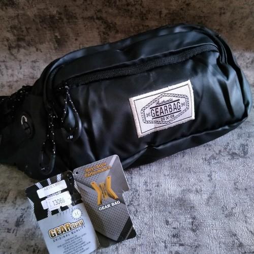 Foto Produk Tas Selempang Waistbag Pria / Slingbag Gearbag Tekstur Kulit - Tali Hitam dari PITUDUS