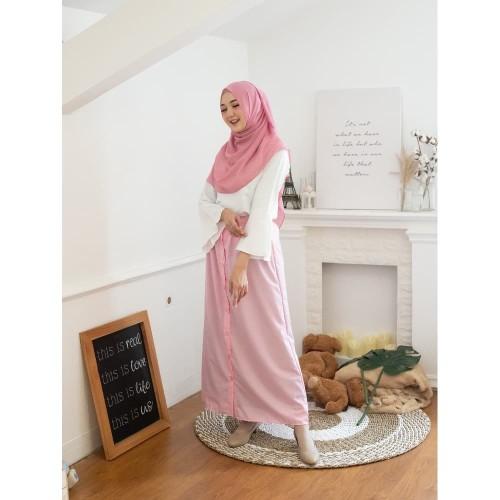Foto Produk Rok Korean Button Pink Blossom (Skirt Only) Original DRESSSOFIA dari DRESSSOFIA