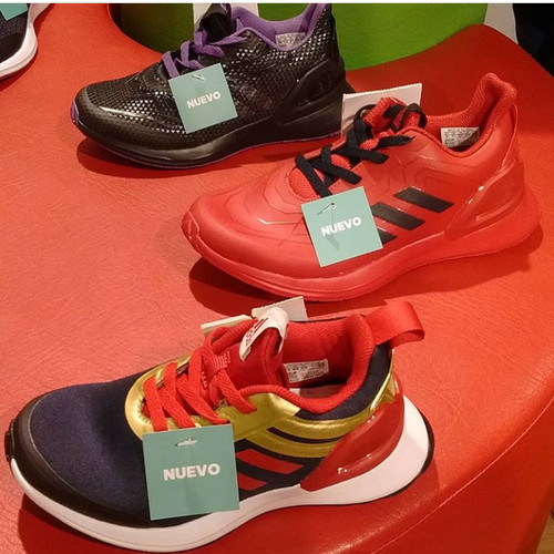 Foto Produk sepatu dari VINOMARY