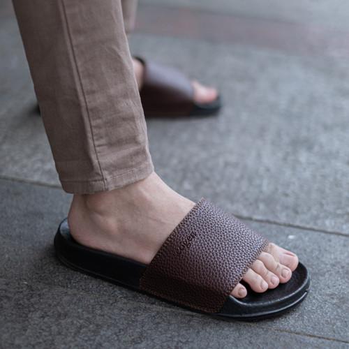 Foto Produk Sandal Pria Slop Sendal Slide Cowo Cogen Leather Kulit Copenhagen - Cokelat, 43 dari Copenhagen
