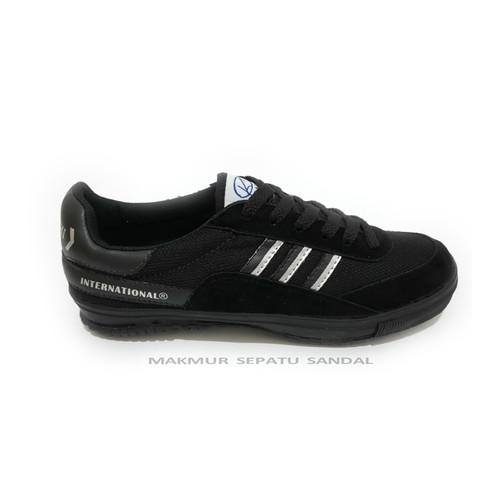 Foto Produk Sepatu Capung - Kodachi 8116 - Hitam Silver - 38 dari Makmur Sepatu Sandal