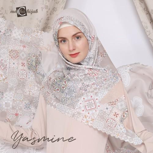 Foto Produk Kerudung Modern Motif Hijab Segi Empat Mocha Ultrafine Yasmine dari mochahijabbdg