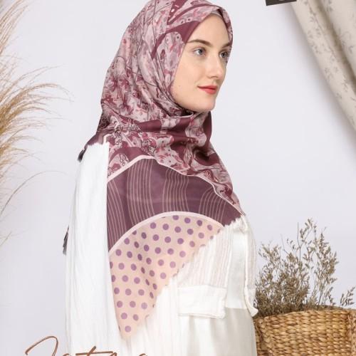 Foto Produk Kerudung Modern Motif Hijab Segi Empat Mocha Ultrafine Fatma dari mochahijabbdg