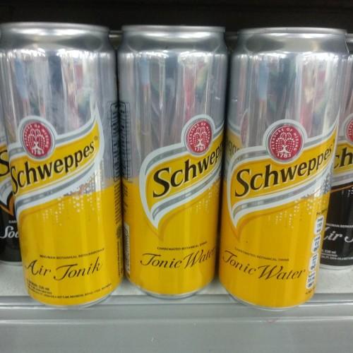 Foto Produk Schweppes Air Tonik 330ml dari cubeecubee