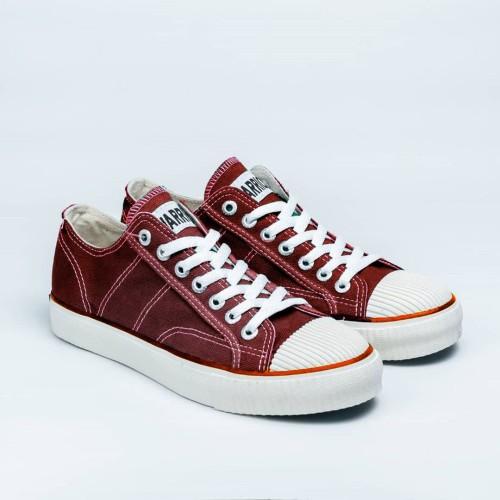 Foto Produk Sepatu Warrior Classic Low Maroon / Marun dari sepatu kodachi