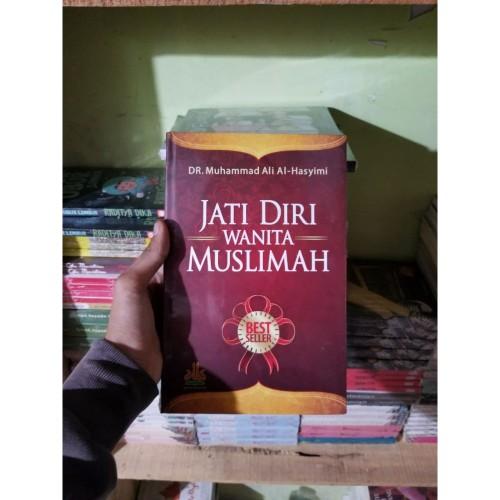 Foto Produk Buku Jati Diri Wanita Muslimah By Dr Muhammad Ali Al Hasyimi ORI HC dari TOKO Grosir Buku