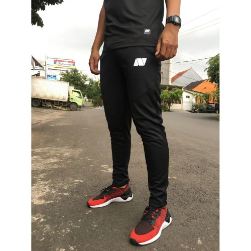 Foto Produk LONGPANTS NOIJ BLACK SERIES - L dari Noij Sportwear