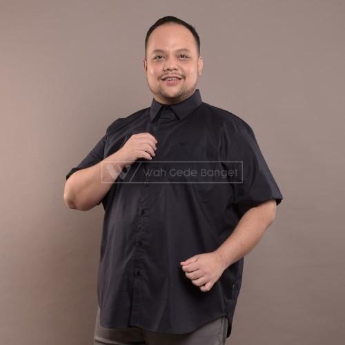 Foto Produk Kemeja Pria Jumbo Big Size Ukuran Besar XXL XXXL WGB Man In Black Ox - XL dari WGB