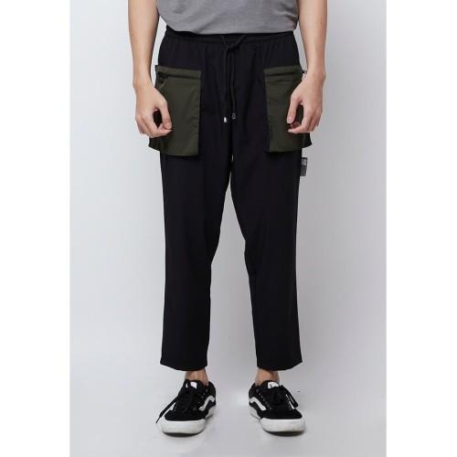 Foto Produk Celana Panjang Kasual Pria resilen Ultimate Travel Pants Army - S dari resilen