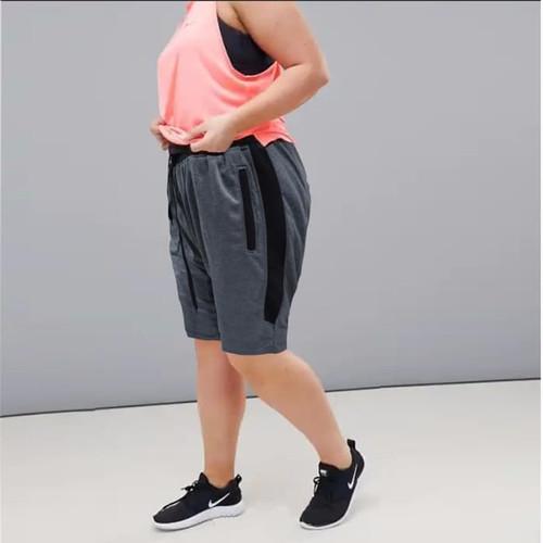 Foto Produk SCOTIE Okechuku Celana Pendek Wanita Ukuran JUMBO Fashion BIG SIZE - Abu-abu dari Okechuku