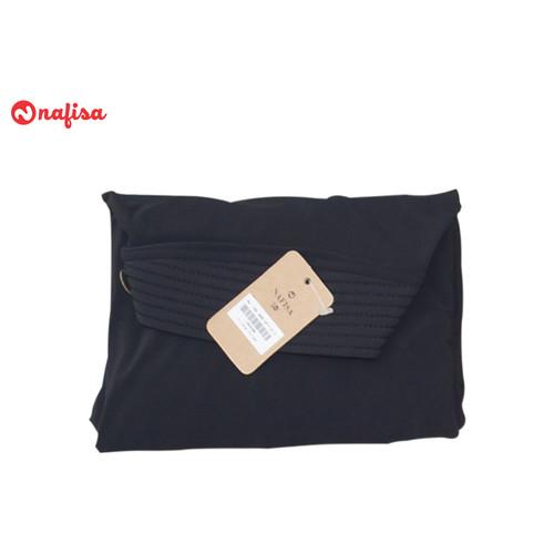 Foto Produk Nafisa Tyas Yess | Jilbab Instan Pet | Kerudung Bergo Premium - Hitam dari Nafisa