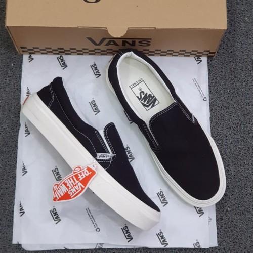 Foto Produk SEPATU VANS SLIP ON OG BLACK WHITE - black white, 36 dari 4SDOnlineshop