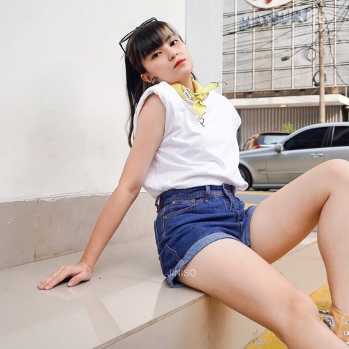 Foto Produk JINISO - Hotpants Jeans 511- 811FEELING SO HOT dari JINISO.ID