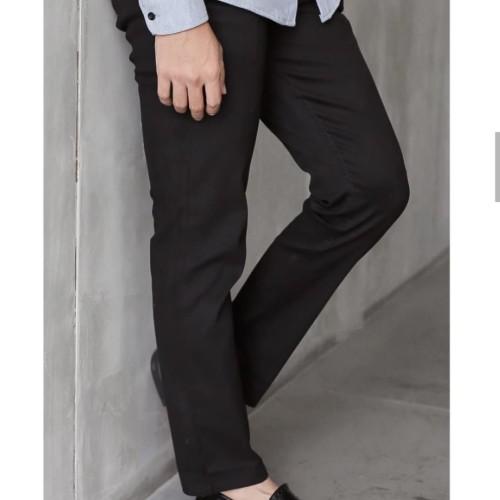 Foto Produk Celana Panjang Pria Chino Pants Semi Formal Brand Distro Premium - Hitam, S dari Bandung-CenterOnline