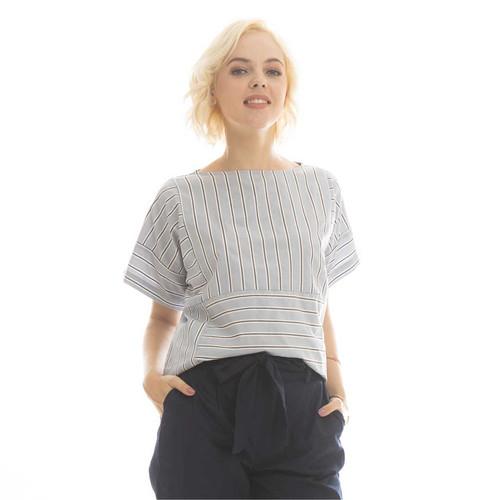 Foto Produk Stevie Stripes Blouse Beatrice Clothing - Blouse Wanita - Grey dari Beatrice Clothing