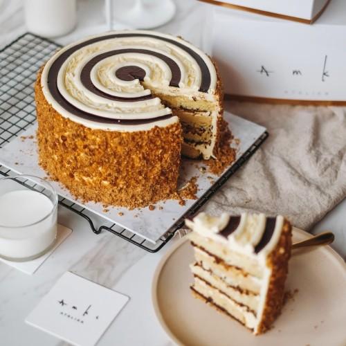 Foto Produk AMKC Martabak Whole Cake dari AMKC ATELIER