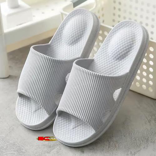 Foto Produk Sandal Rumah Indoor Outdoor Empuk dan Nyaman 8829 - Abu-abu, 40 - 41 dari KRUGEER