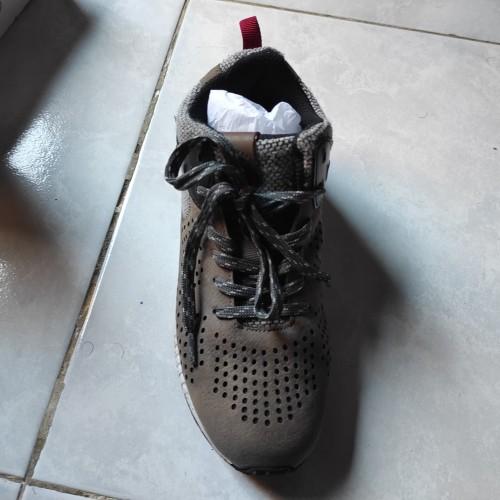 Foto Produk (BEKAS) Sepatu Buccheri Abu-Abu ukrn 37 BL8KFT02-1 dari Cemiti