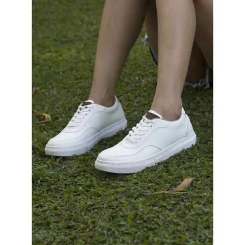 Foto Produk Sepatu Sneaker Putih Wanita BLAX Footwear - Edisi KUTA NONE WHITE dari BLAX Footwear