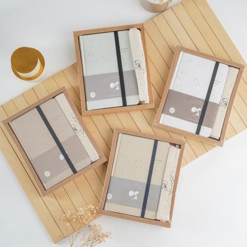Foto Produk UCHII A5 HOSHI Notebook Gift Box Pouch Set   Buku Catatan Japan Design - Putih dari uchii store