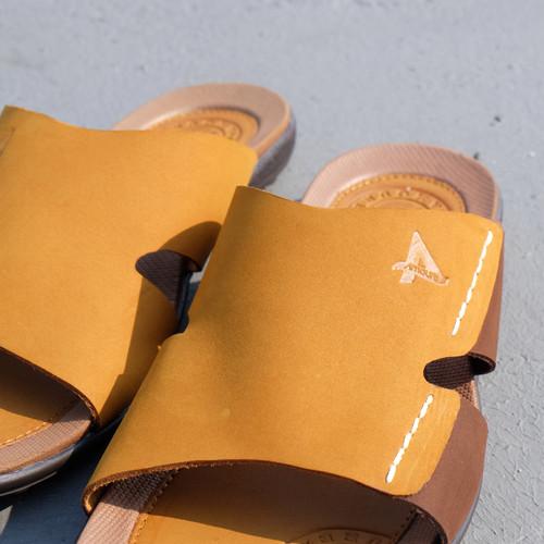 Foto Produk Sandal pria Kulit sapi asli handmade bagus berkualitas - Bellamo 213 - TanCoklat, 42 dari PabrikSandalSepatuZeger