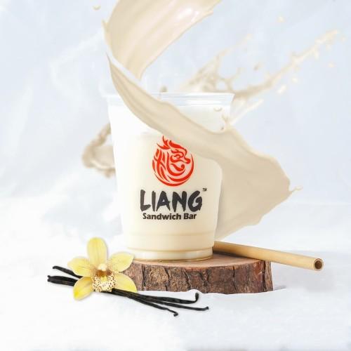 Foto Produk Vanilla Soya Milk (Dingin) dari Liang Sandwich Bar BALI