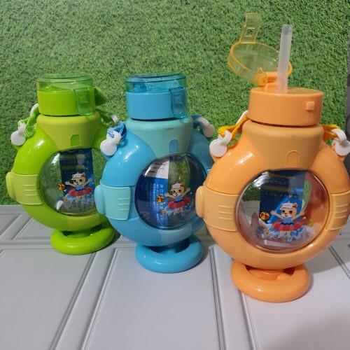 Foto Produk Botol Minum Anak lucu bentuk jangkar tali panjang sedotan 310ML- H2566 dari MBK_Houseware