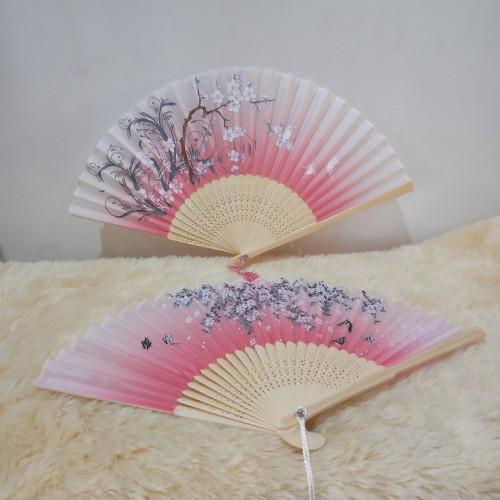 Foto Produk Kipas Lipat Tangan Gaya Cina Jepang dari Patung House
