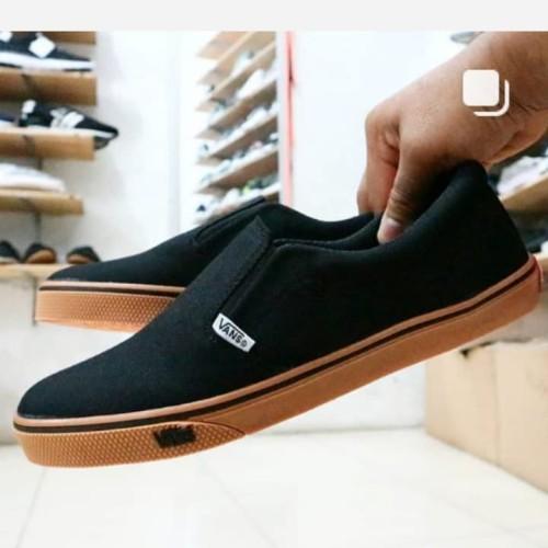 Foto Produk sepatu vans slip on pria hitam navy abu abu marun - Htm-sol Coklat, 41 dari barang online