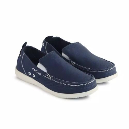 Foto Produk Sepatu pria Crocs Walu man Sz 40-44 6 warna dari vidacros