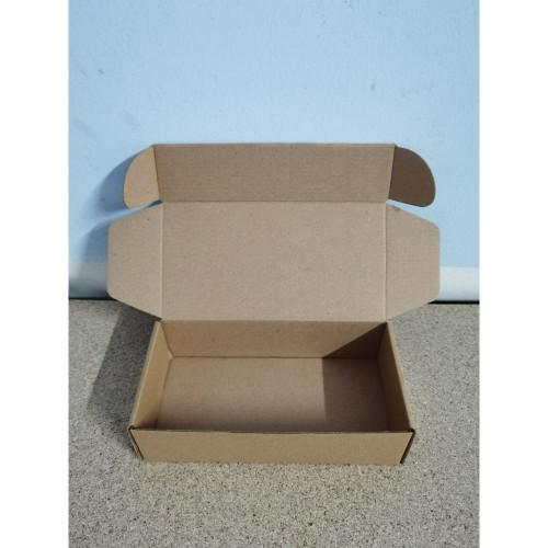 Foto Produk Kardus Diecut Pizza Polos - 20x10x5 TERMURAH dari karduskardus