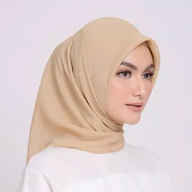 Foto Produk ZM Zaskia Mecca - Sana Khaky Hijab Kerudung Segi Empat dari Zaskia Mecca Official