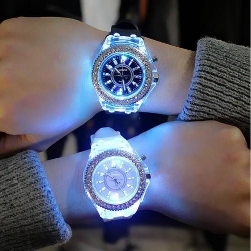 Foto Produk [Termurah] Jam Tangan Wanita(Unisex) Eksklusif Casual dan Fashionable - Hitam dari LOCO_COM
