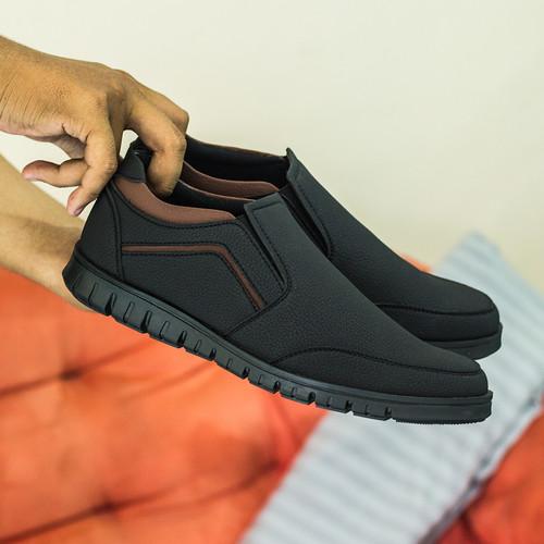 Foto Produk PAULMAY Sepatu Formal Pria Modena 01 - Hitam, 39 dari Paulmay